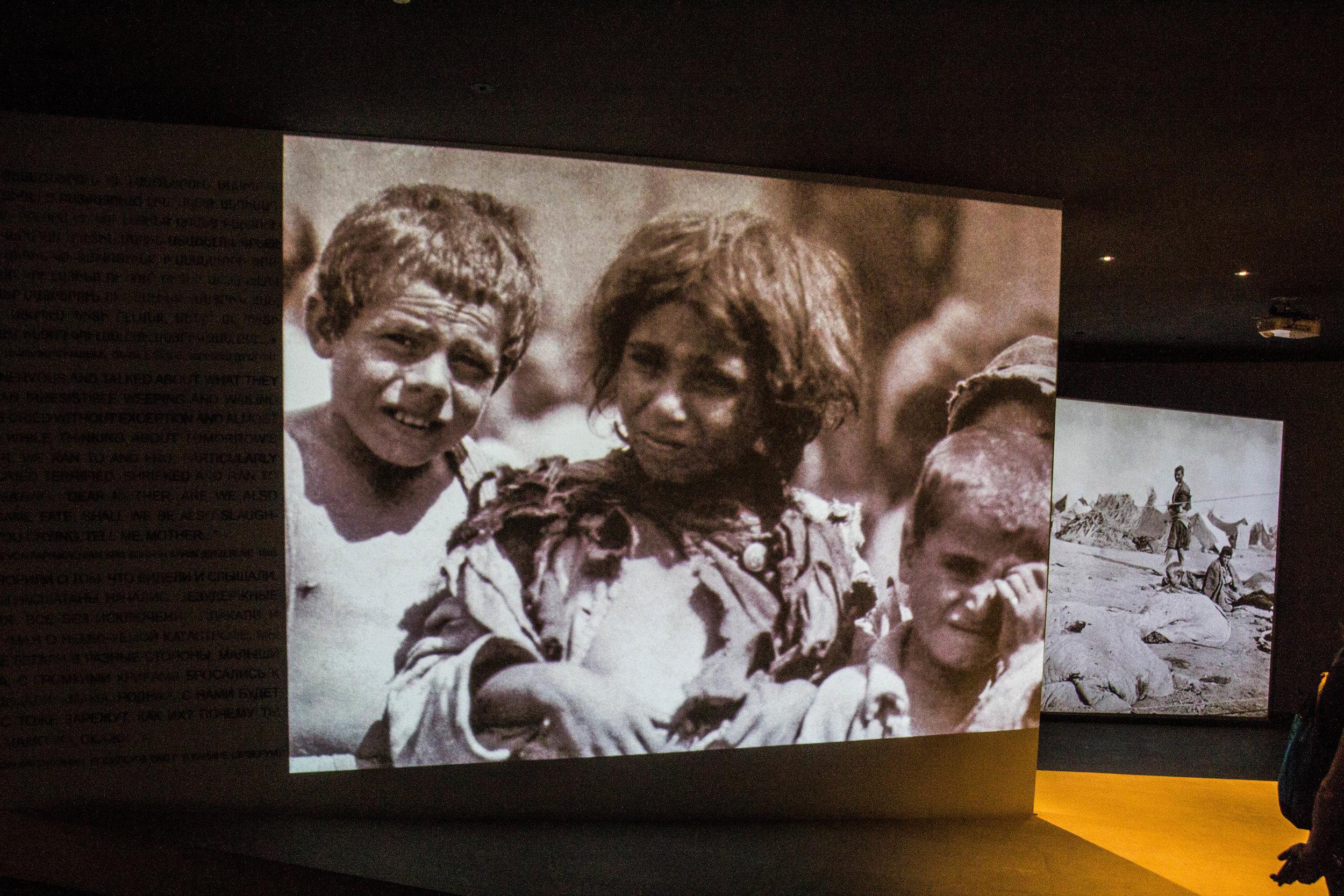 tsitsernakaberd-armenian-genocide-memorial-14.jpg