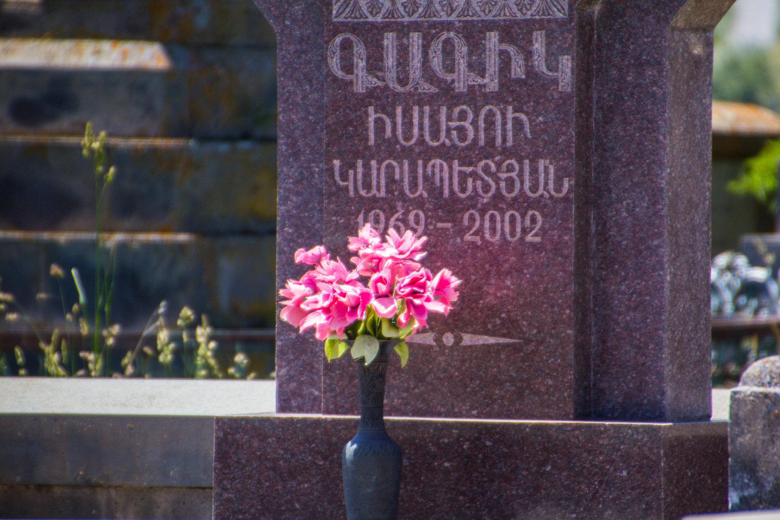 noratus-cemetery-armenia-17.jpg