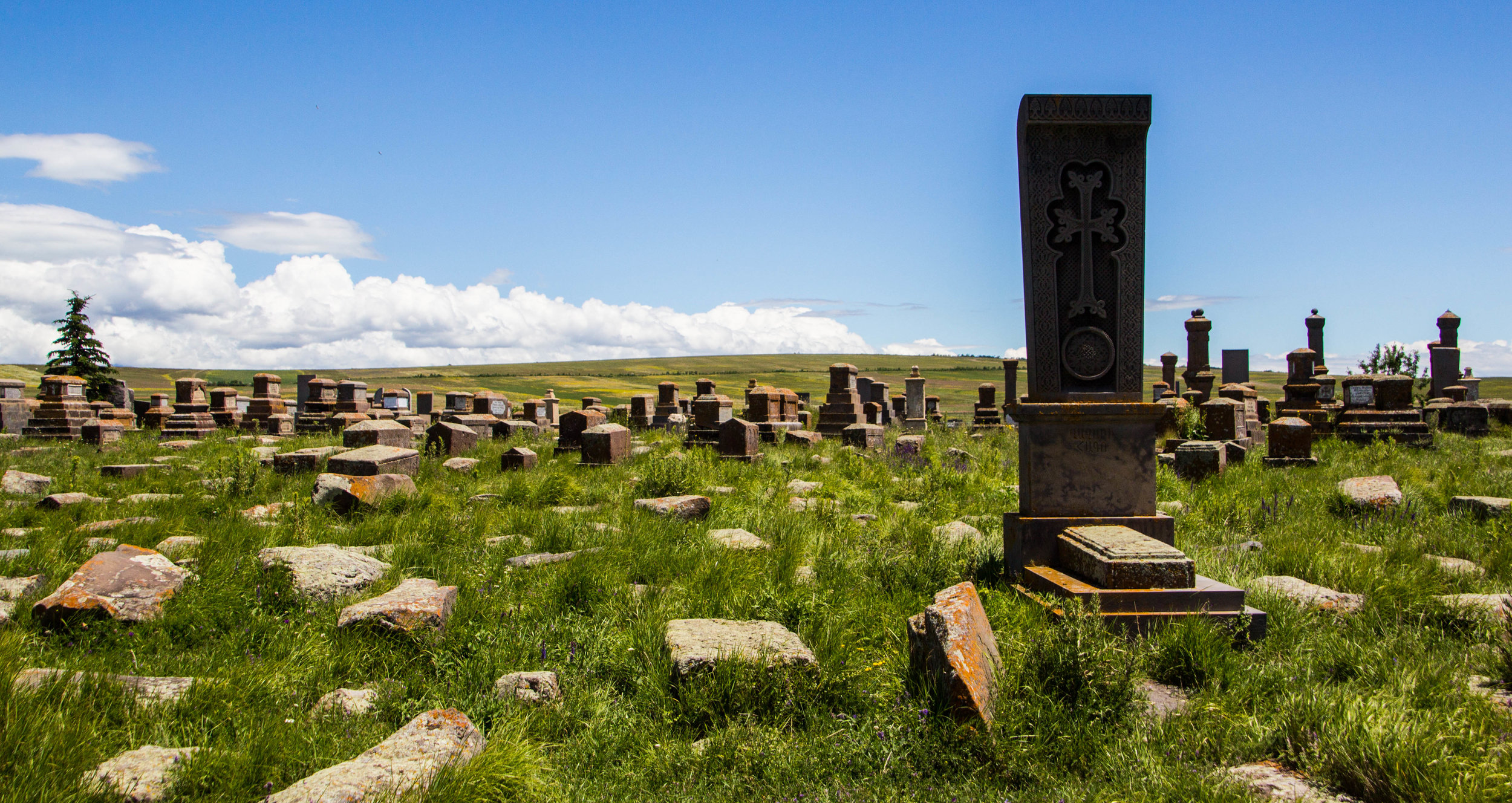 noratus-cemetery-armenia-16.jpg