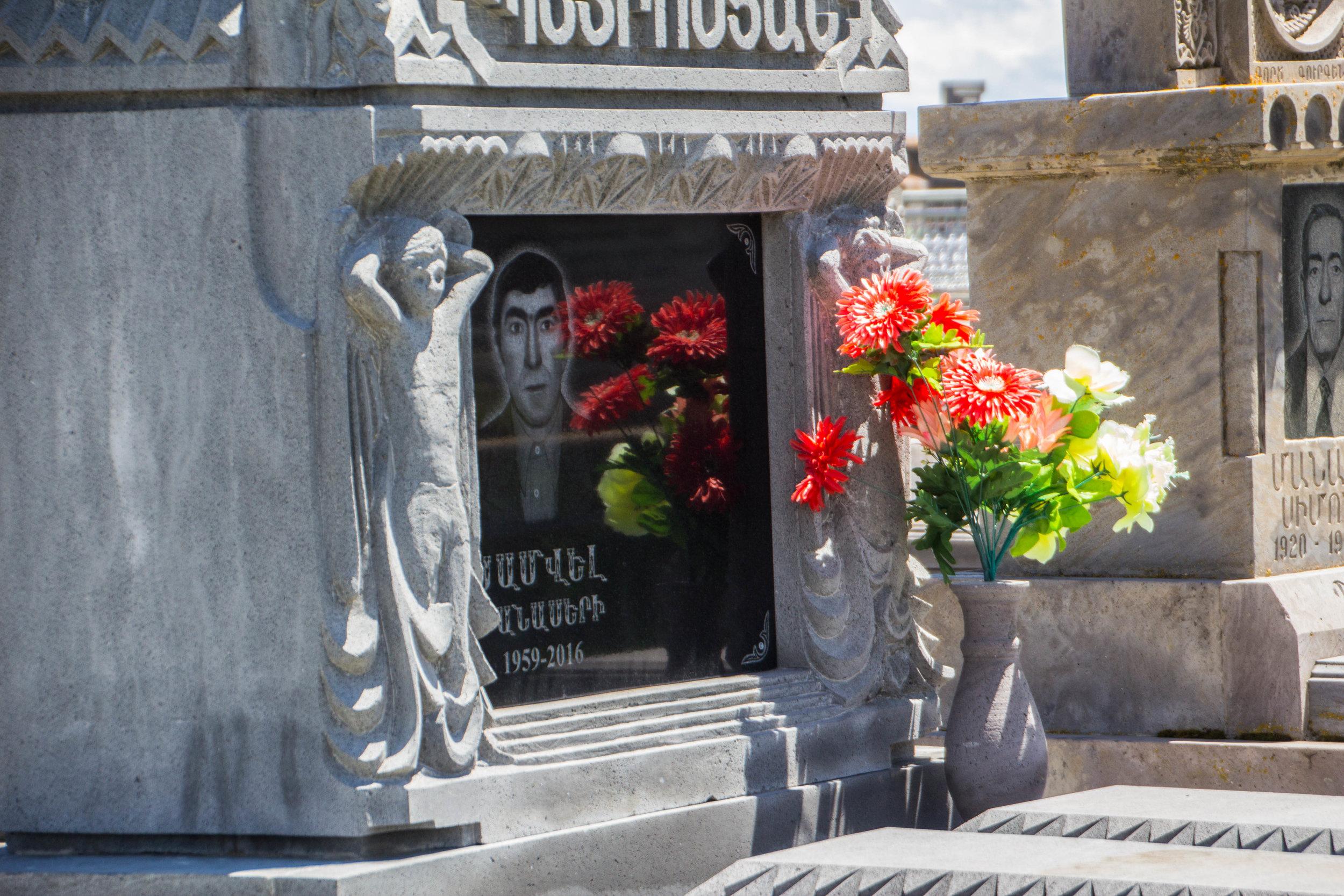 noratus-cemetery-armenia-32.jpg