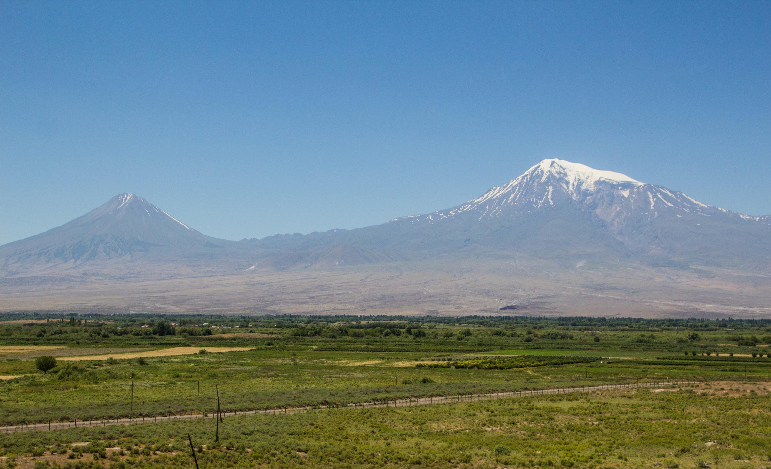 armenian-winelands-4.jpg