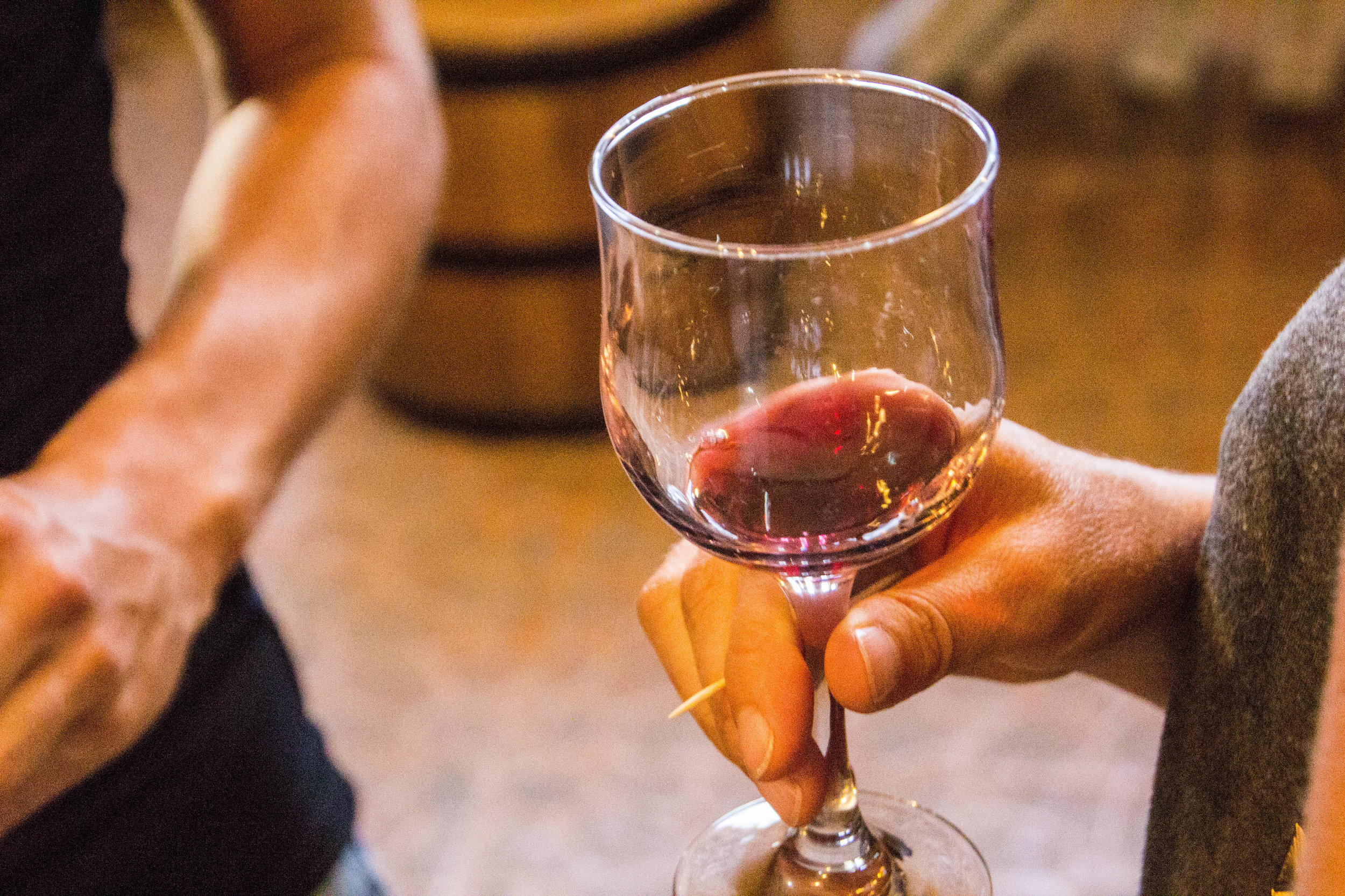 armenian-wine-tasting-5.jpg
