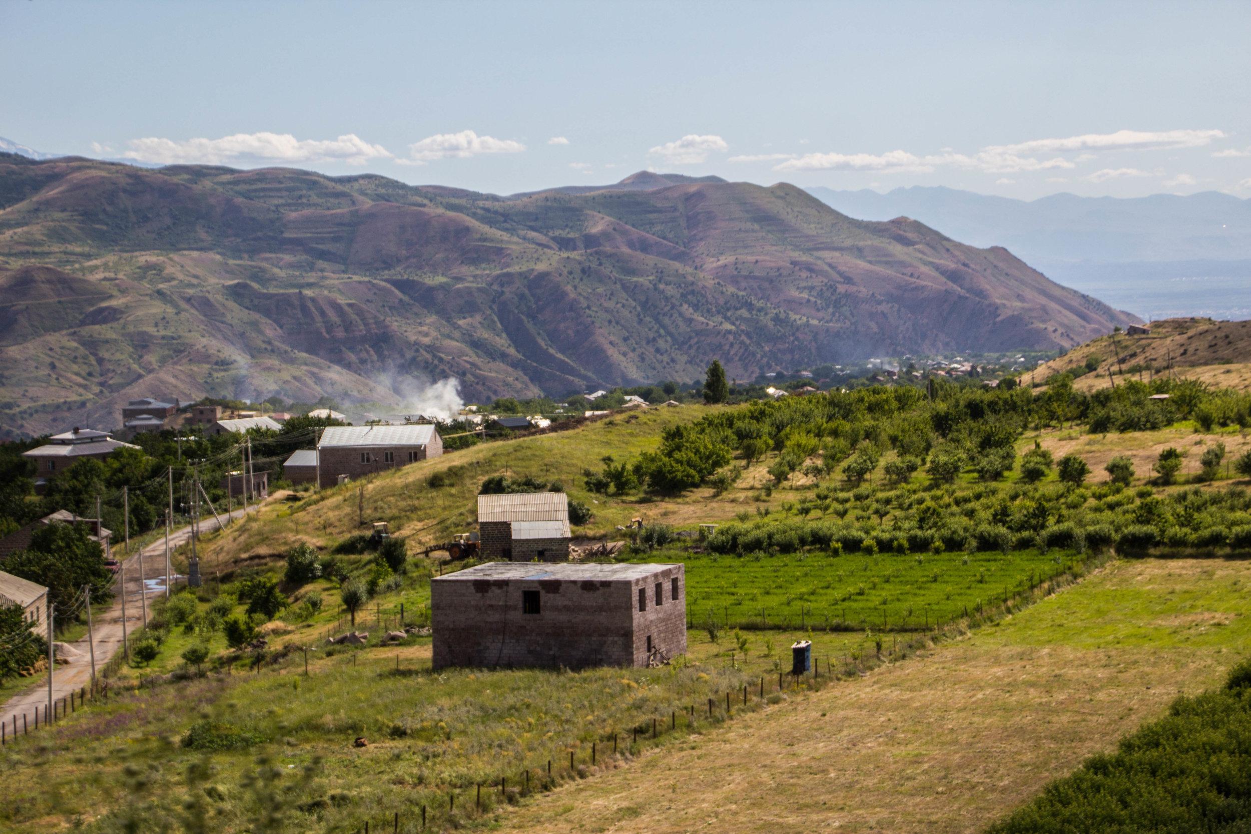 roads-armenia-10.jpg