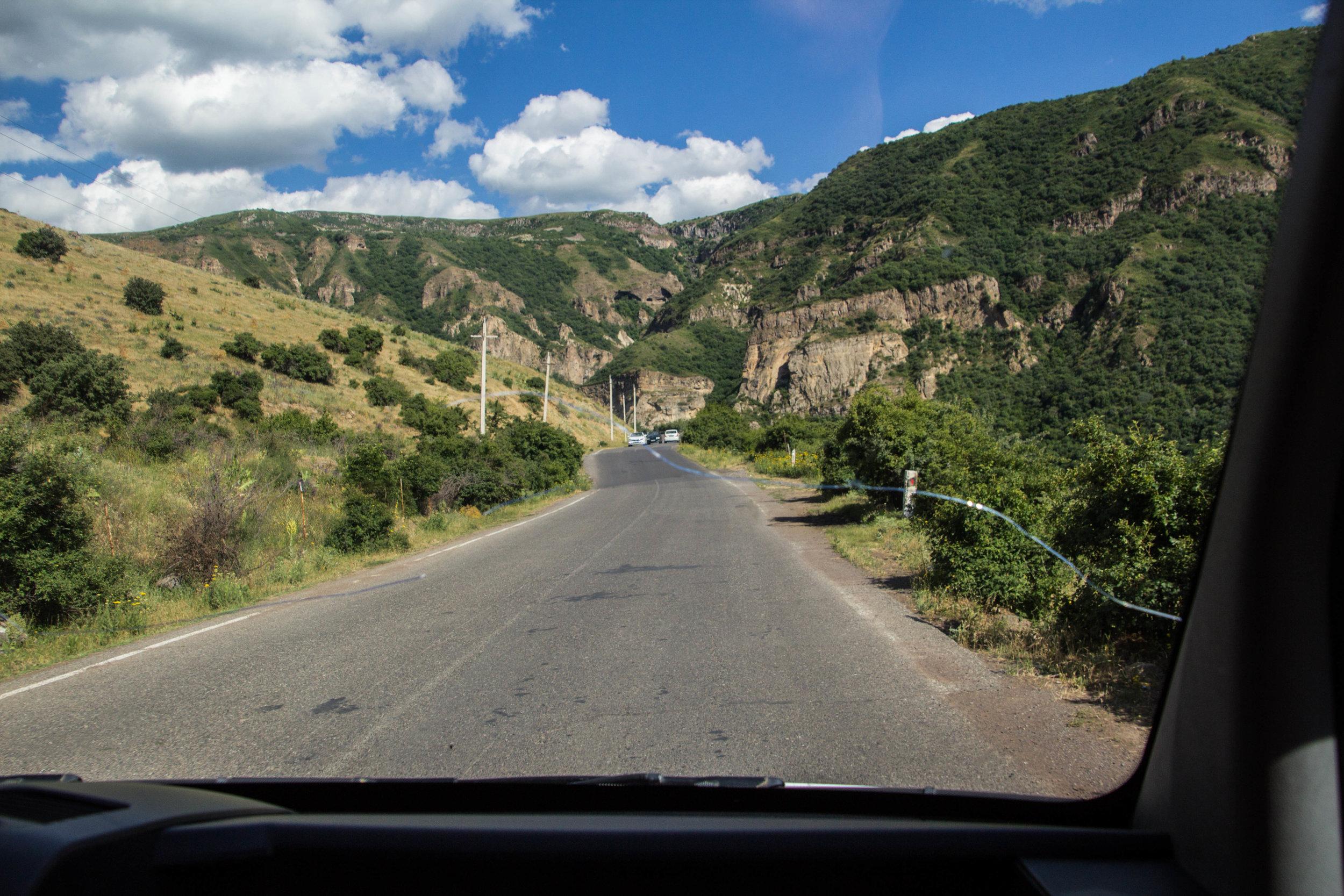 roads-armenia-11.jpg