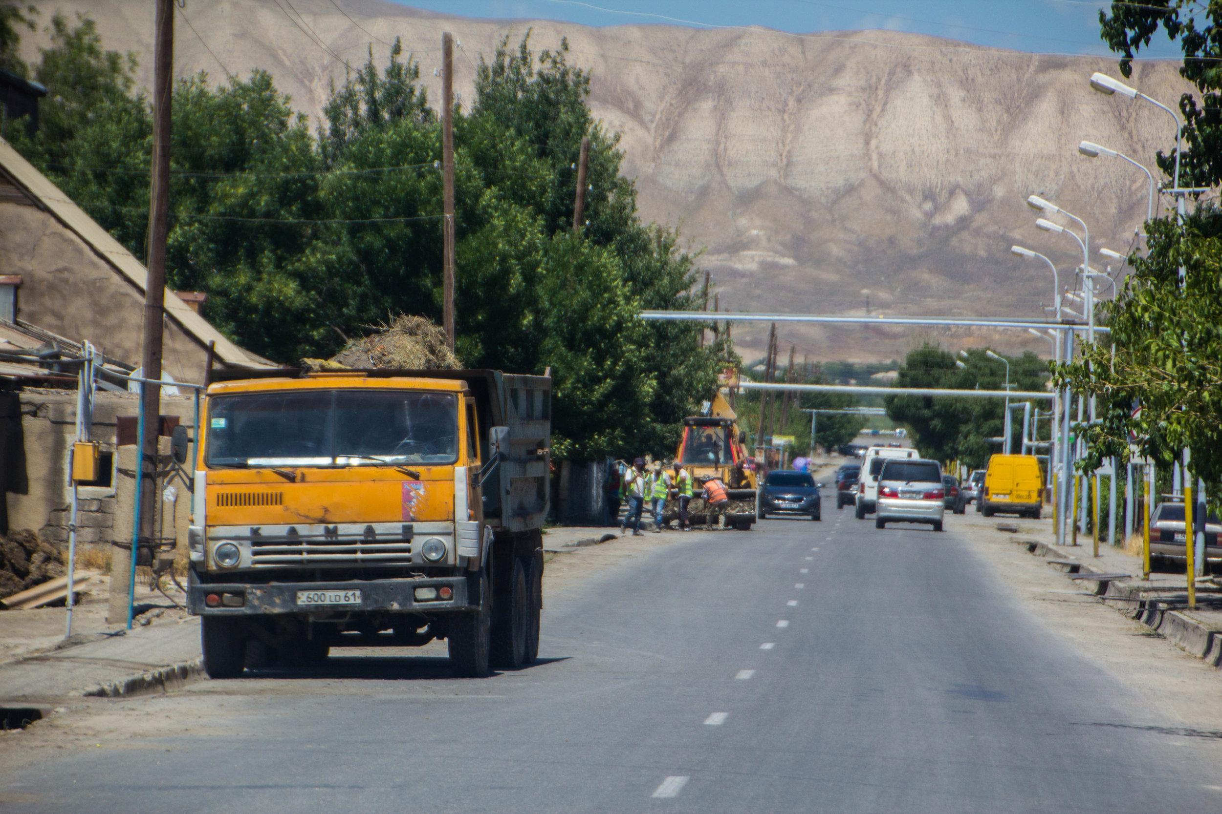 armenia-azerbaijan-southern-border-2.jpg