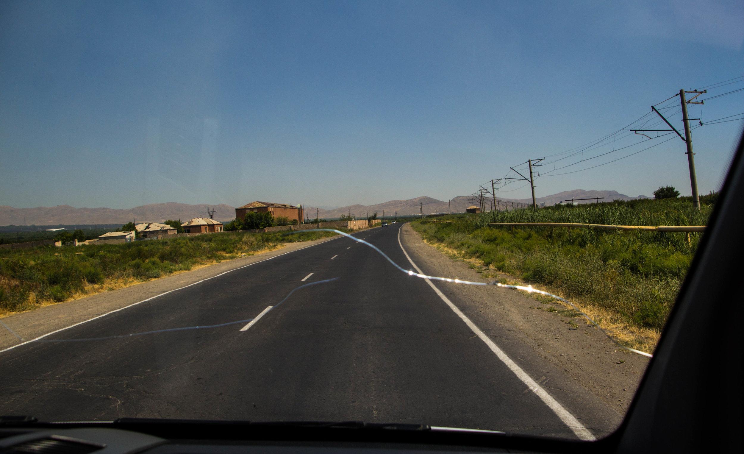armenia-azerbaijan-southern-border-6.jpg