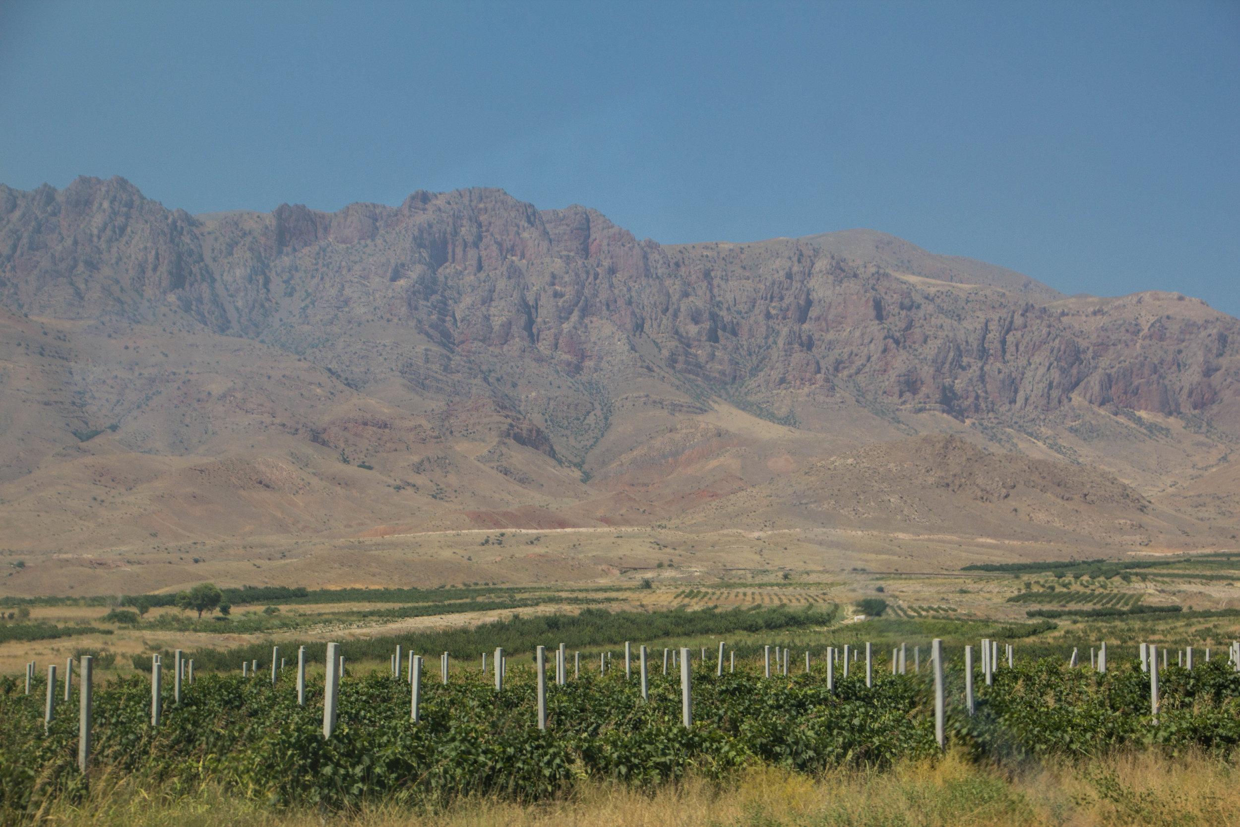 armenia-azerbaijan-southern-border-11.jpg