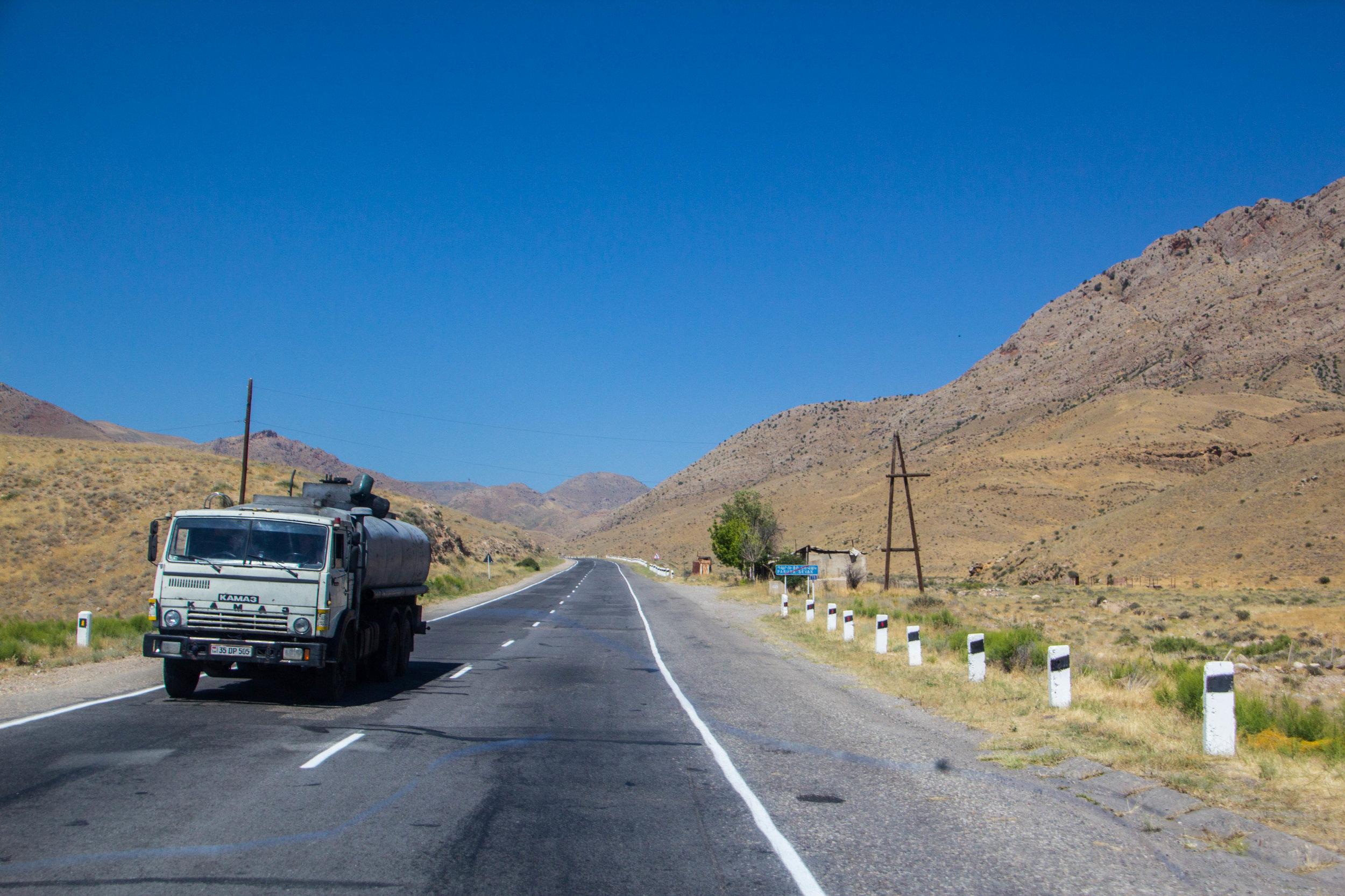 armenia-azerbaijan-southern-border-14.jpg