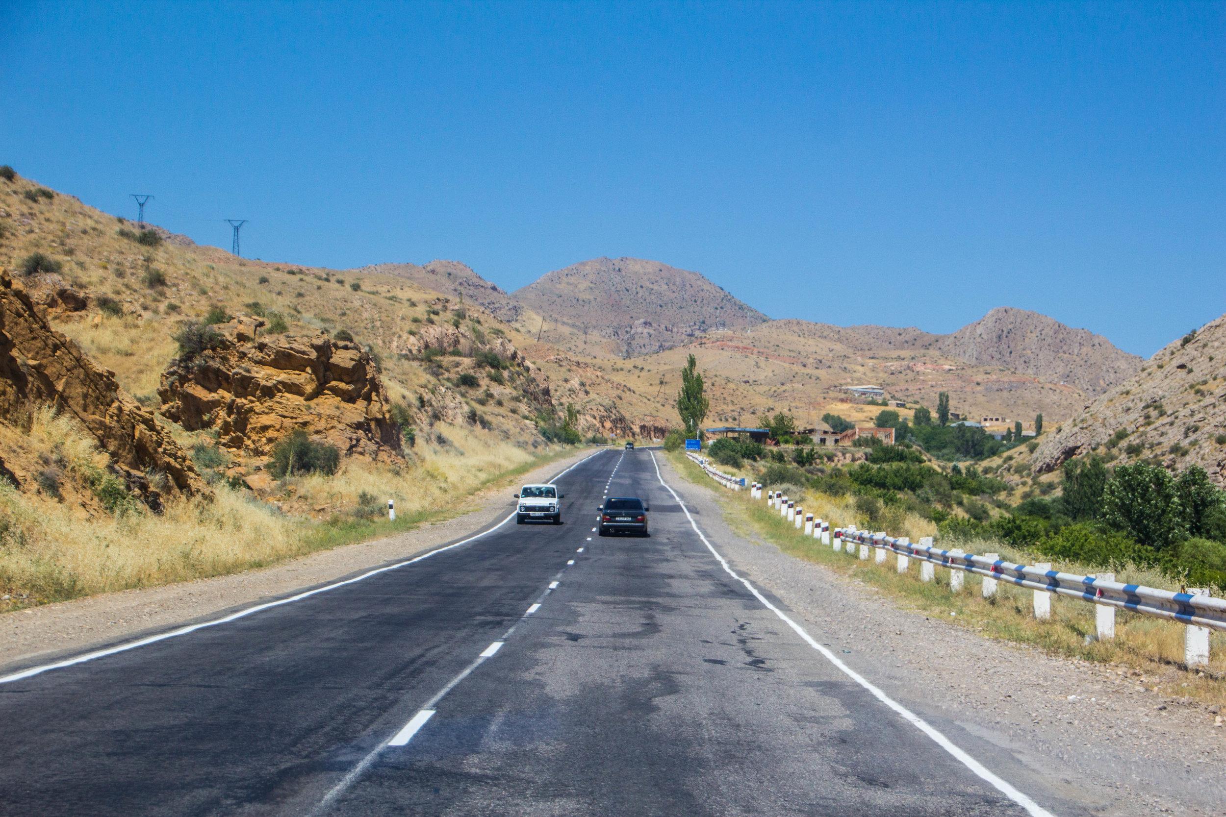 armenia-azerbaijan-southern-border-15.jpg