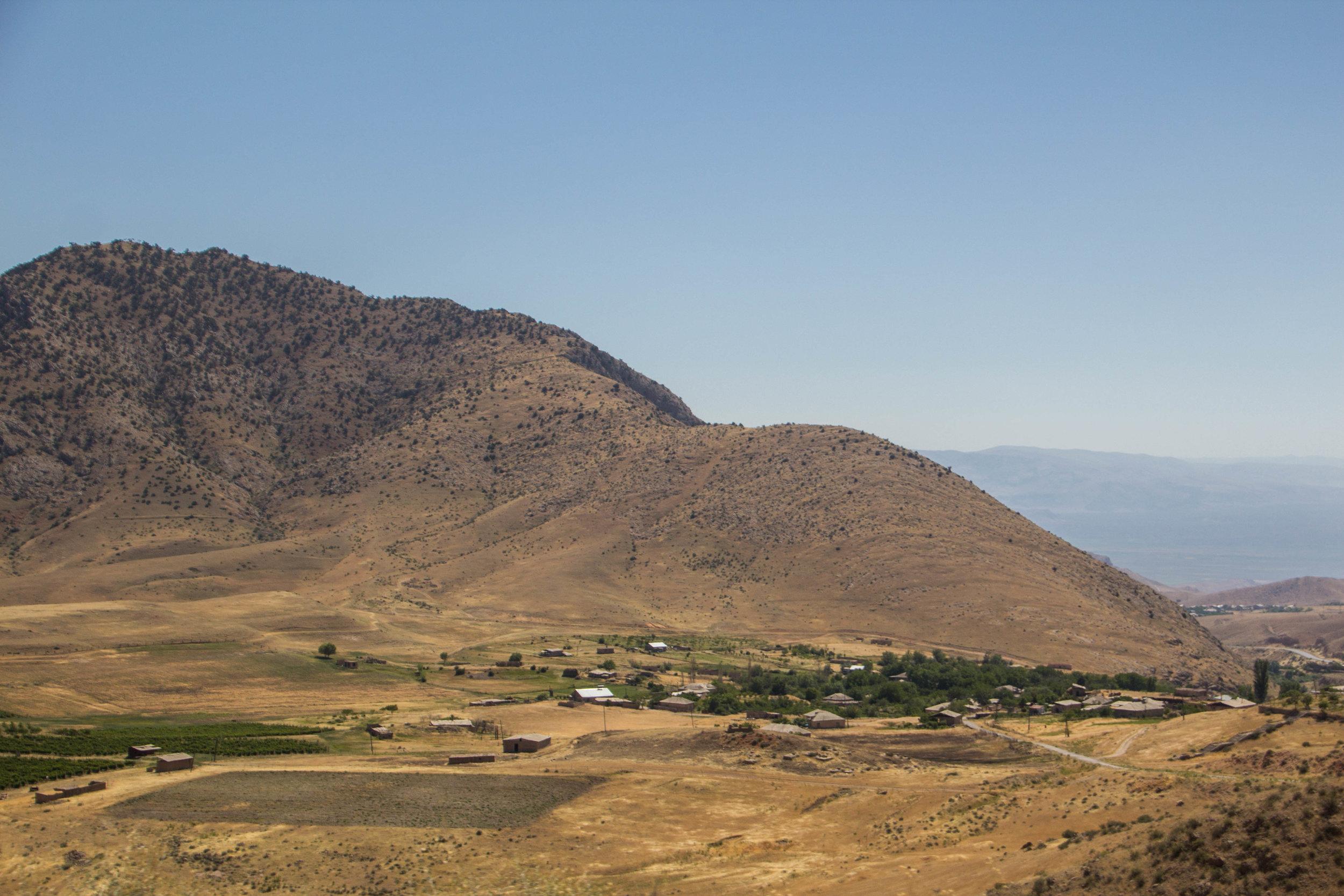 armenia-azerbaijan-southern-border-18.jpg