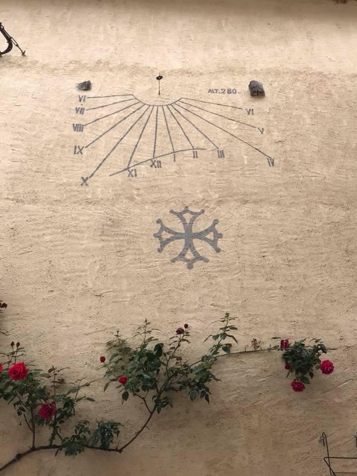 Sundial_Soreze.jpg