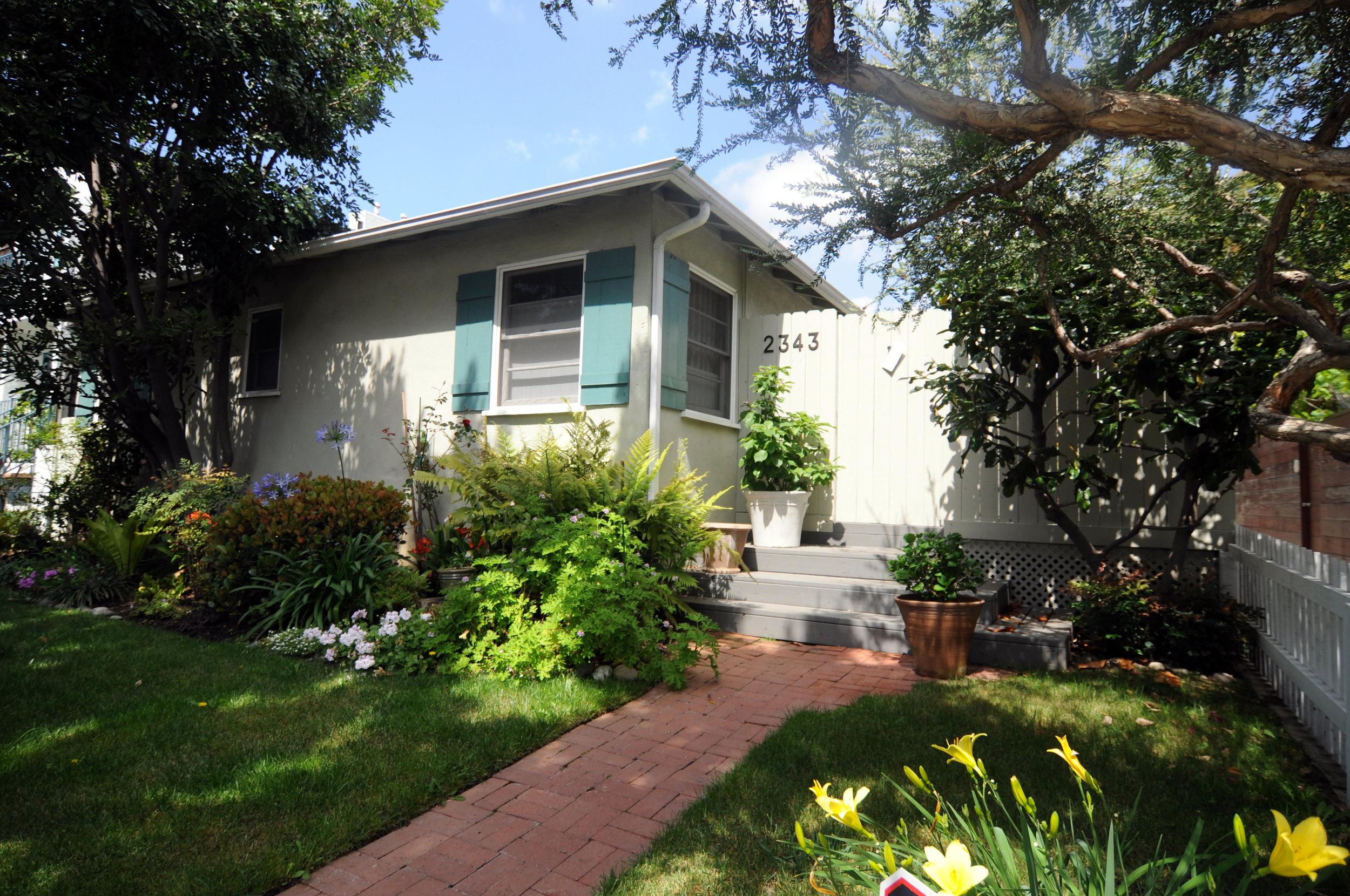2343 Oak, Santa Monica