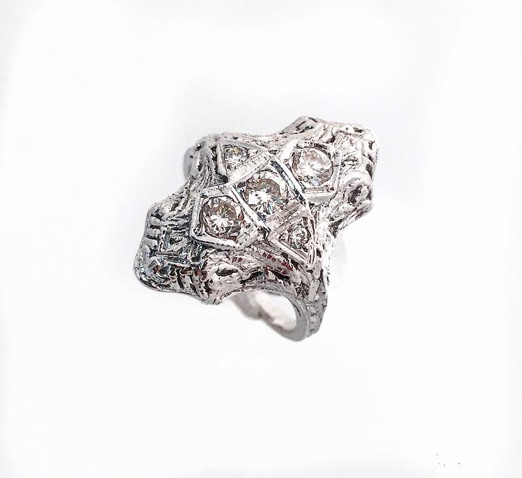 14K White Gold Antique Diamond Fancy Ring.
