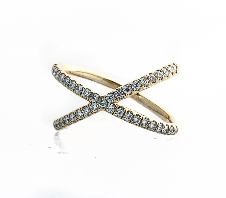 14K Yellow Gold Criss-Cross Diamond Ring.