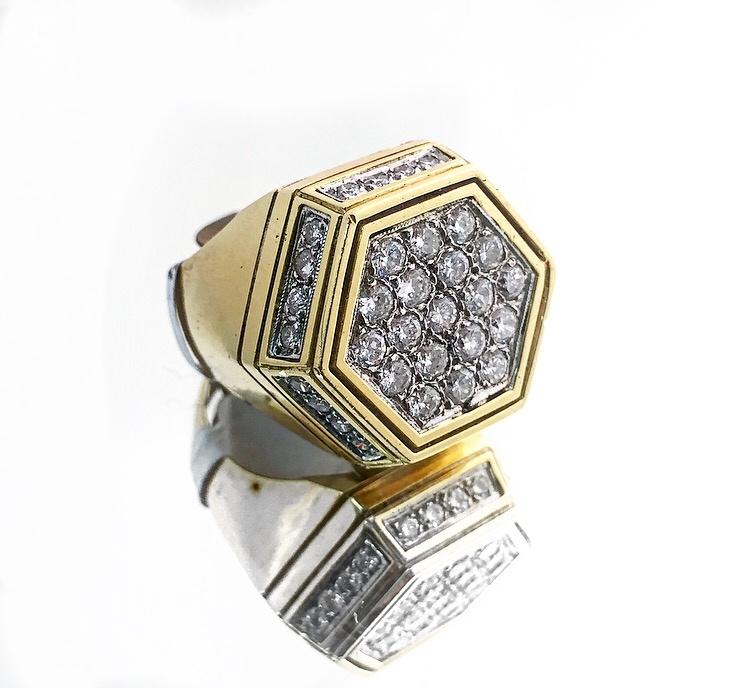 18K Yellow Gold Diamond Fancy Men's Ring.
