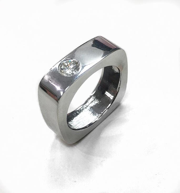 14K White Gold Diamond Fancy Ring.