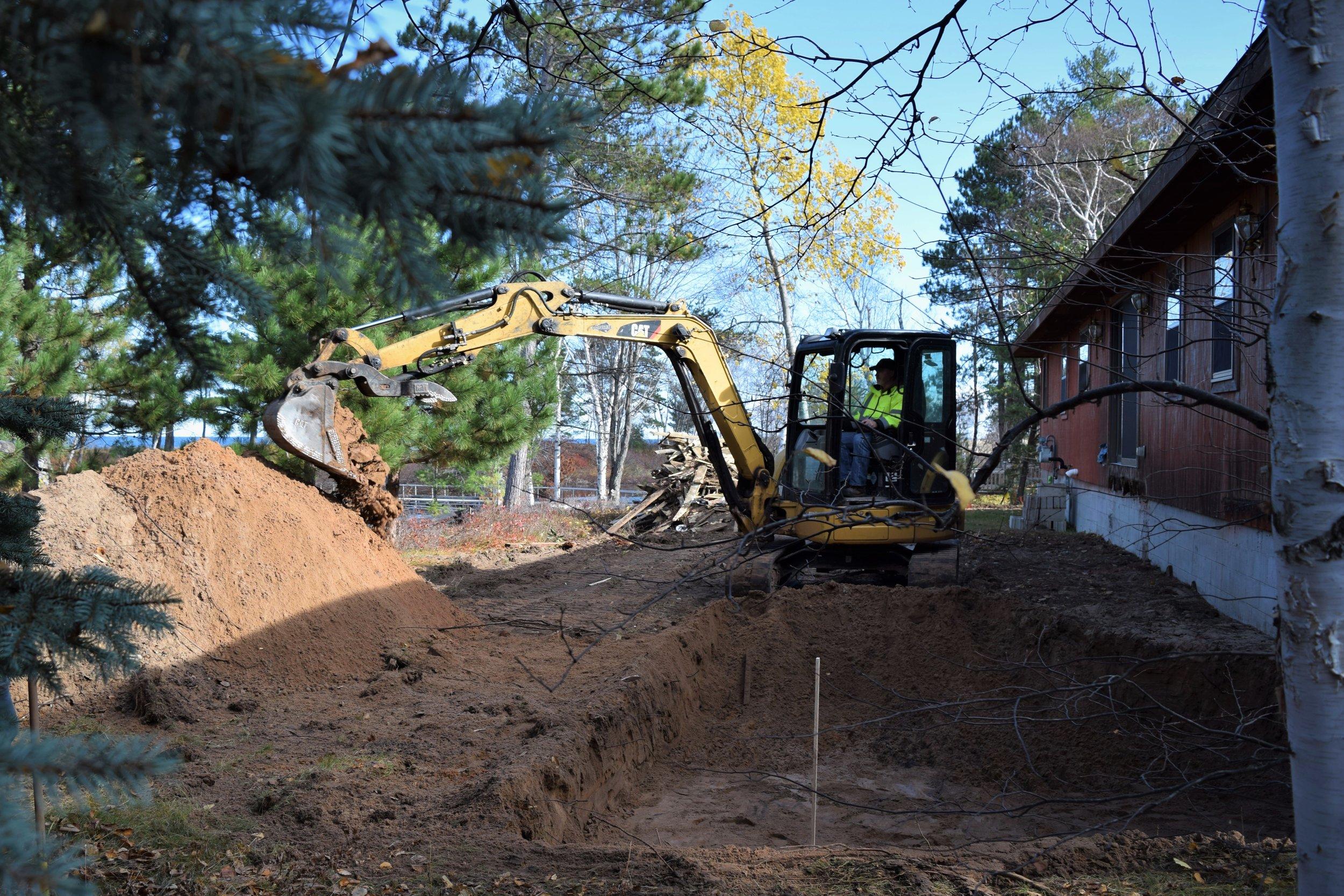 Booth_Digging Oberstar.jpg