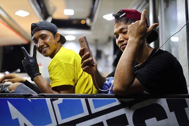 Kuala Lumpur Street Photography - Food Truck at Night #streetphotography #photography #photooftheday #photo #portrait #kualalumpur #malaysia
