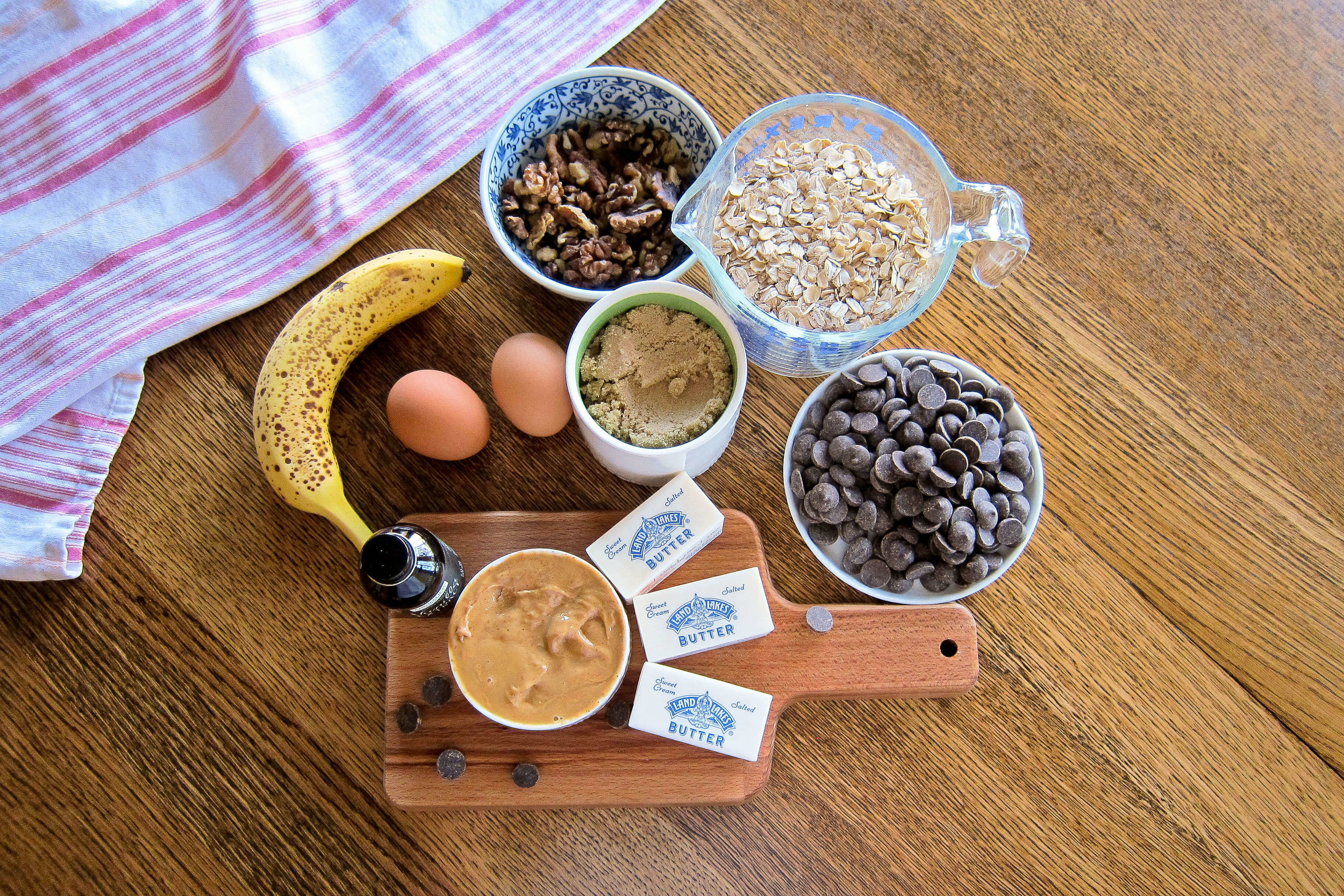 Chunky Monkey Peanut Butter Oatmeal Bars Ingredients
