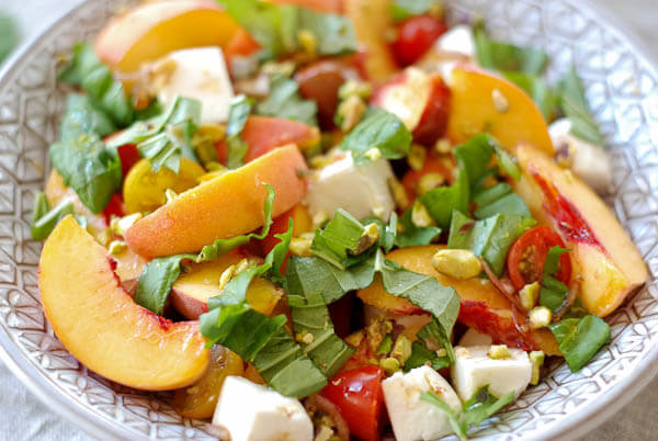 Peach Caprese Salad With Roasted Pistachios
