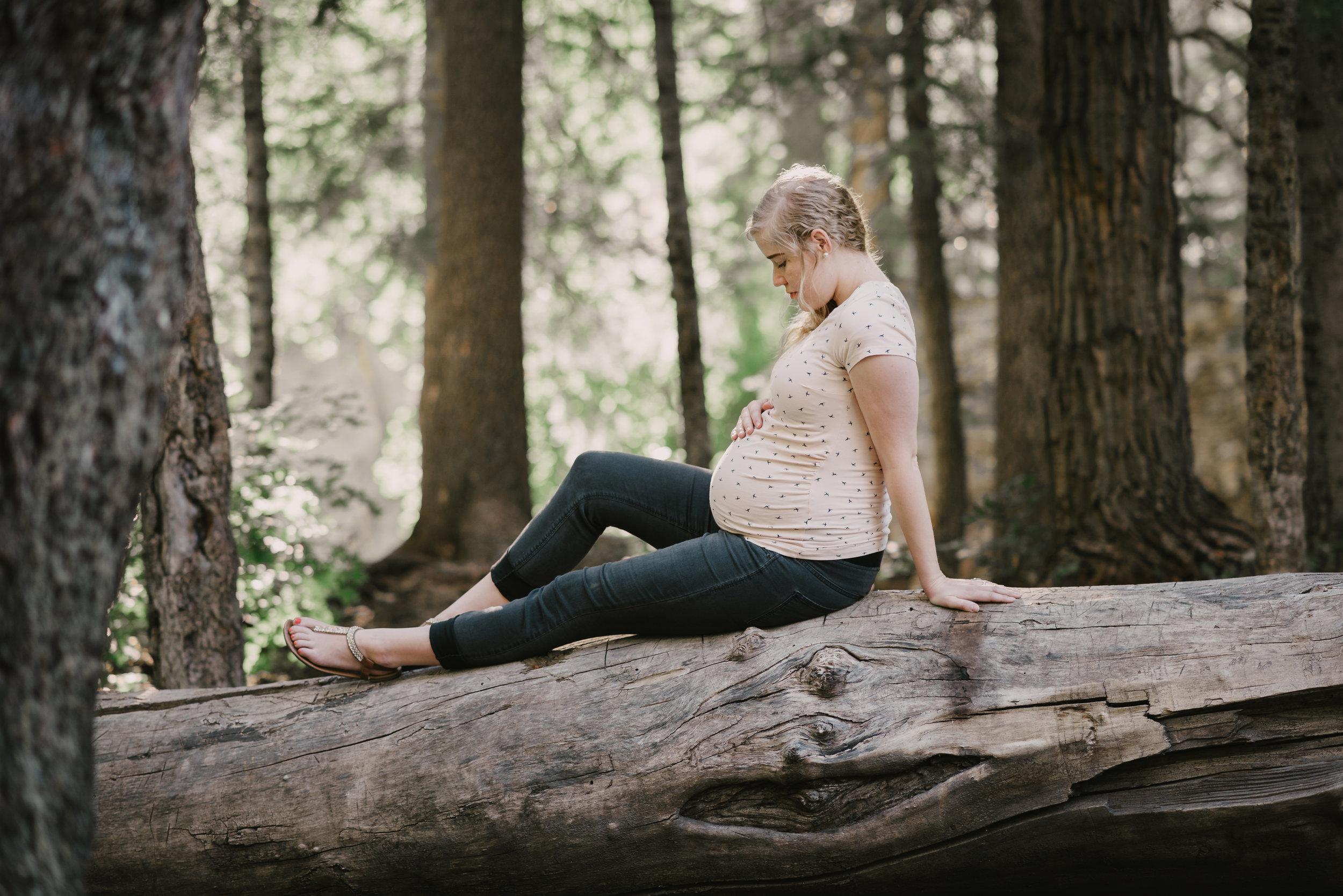 Kambrie_Landon_Maternity052.JPG