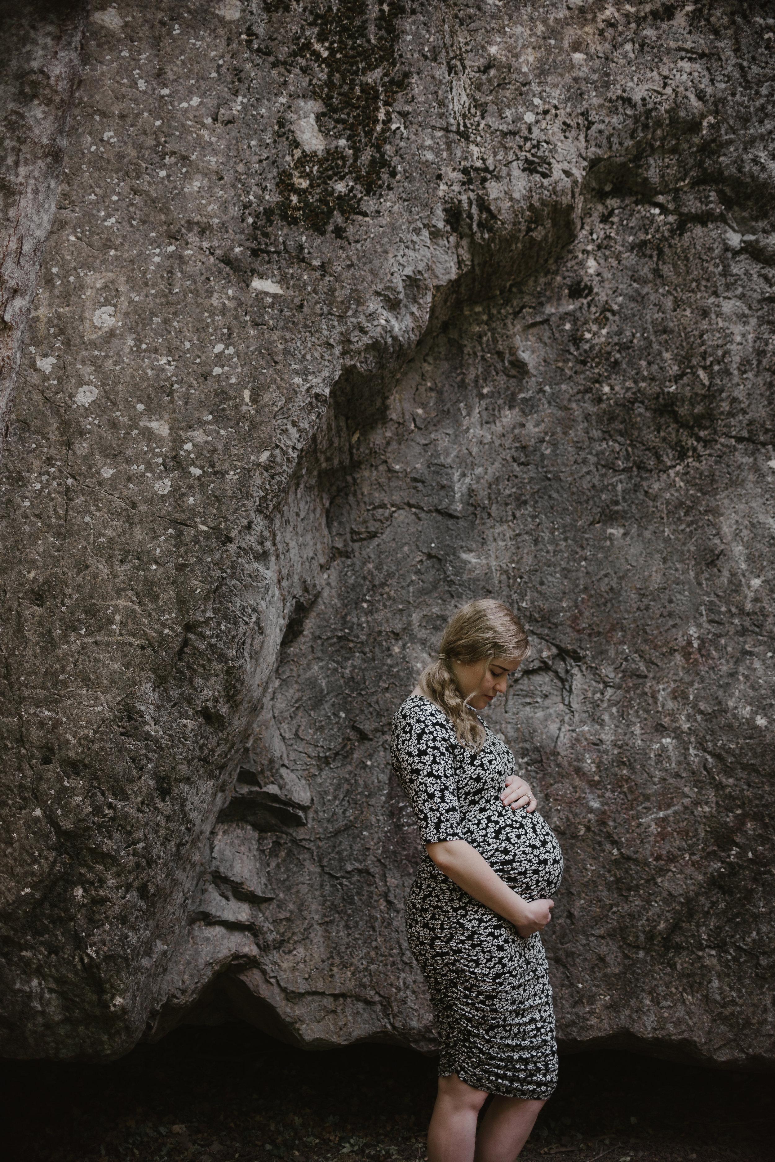 Kambrie_Landon_Maternity080.JPG