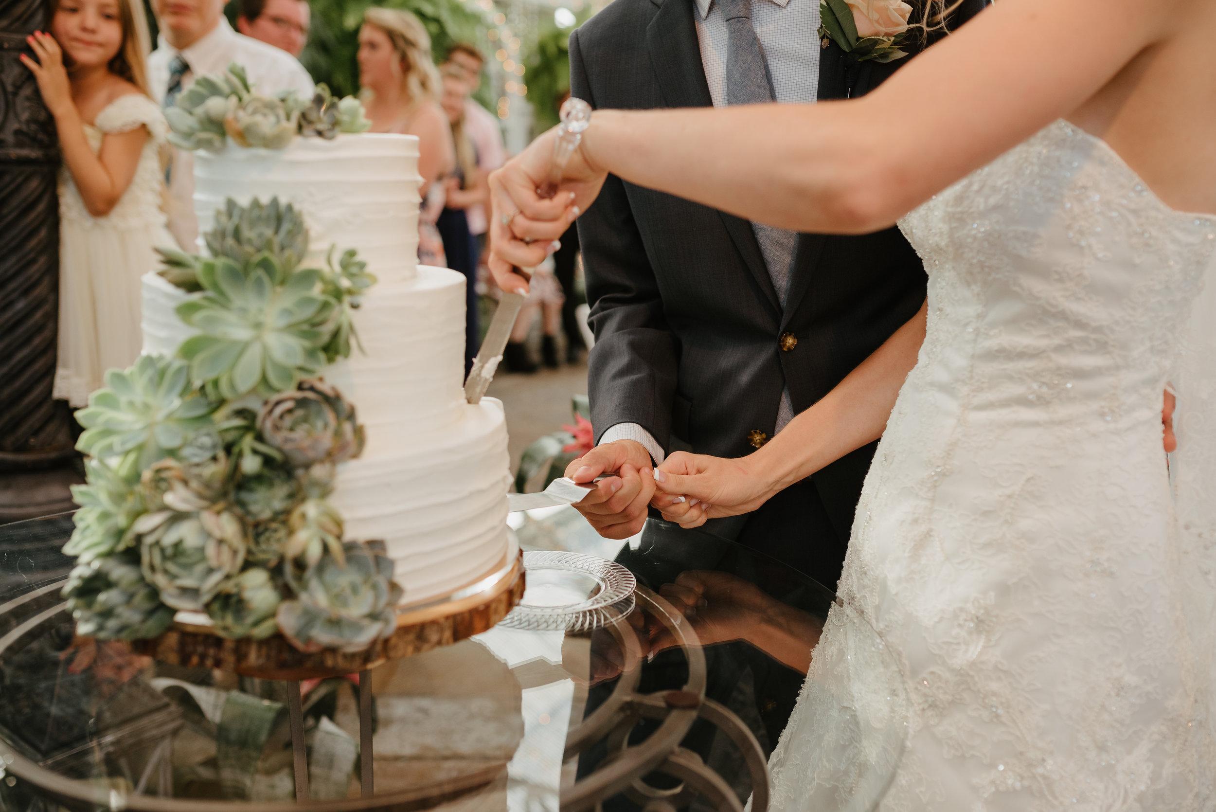 Chelsie_Wilson_Wedding319.JPG