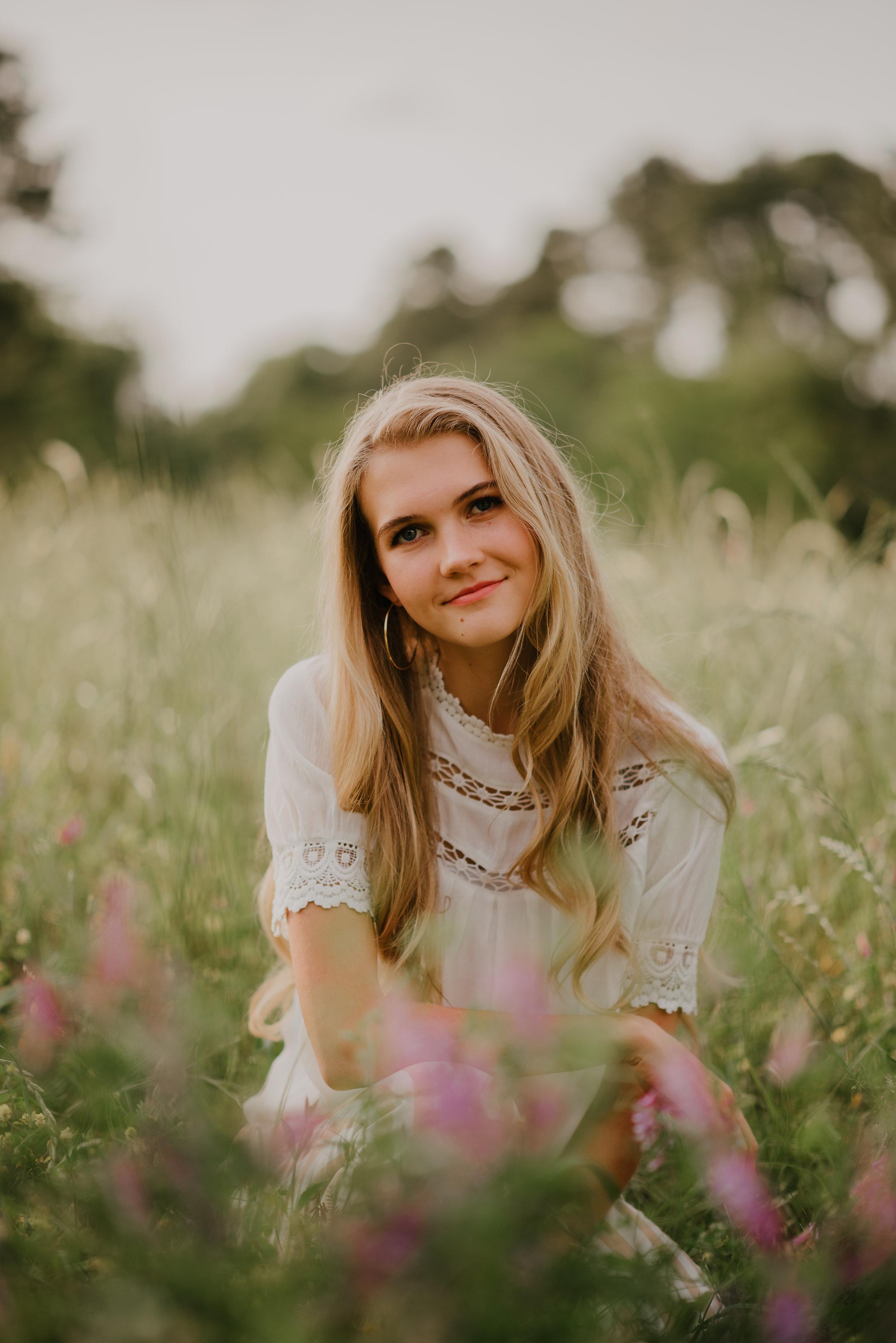 Brooke_Jones_Senior021.JPG