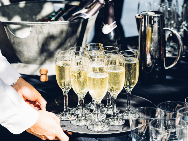Fred-and-Ginger-gallery1-Wedding-reception-champagne-waiter.jpg