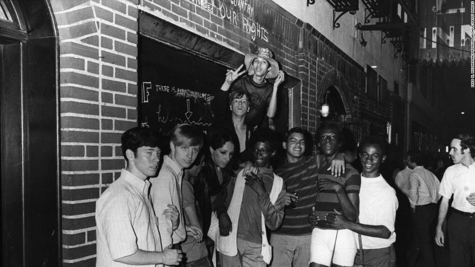 Patrons outside the Stonewall Inn, 1969. Library of Congress.