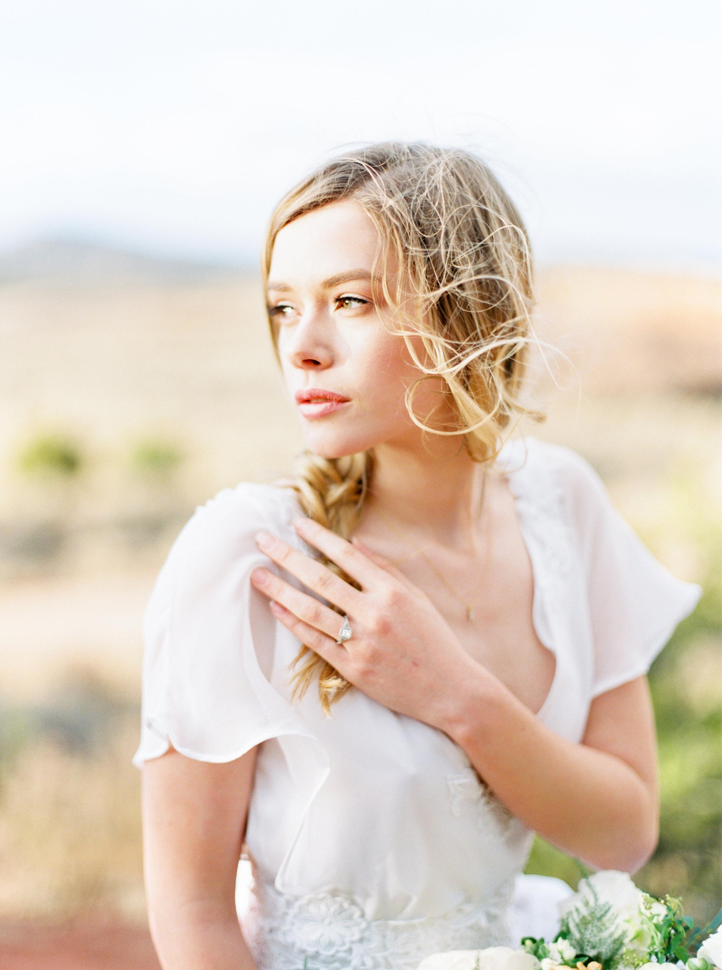 Callie Manion Photography_Pastel Desert Wedding Inspiration_083.jpg