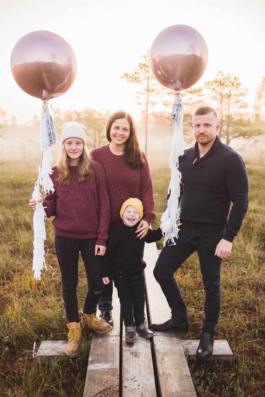 24.09.2017. Egija ar ģimeni.