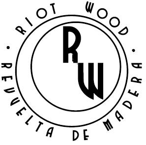 logo riot 2,5x2,49cm.png