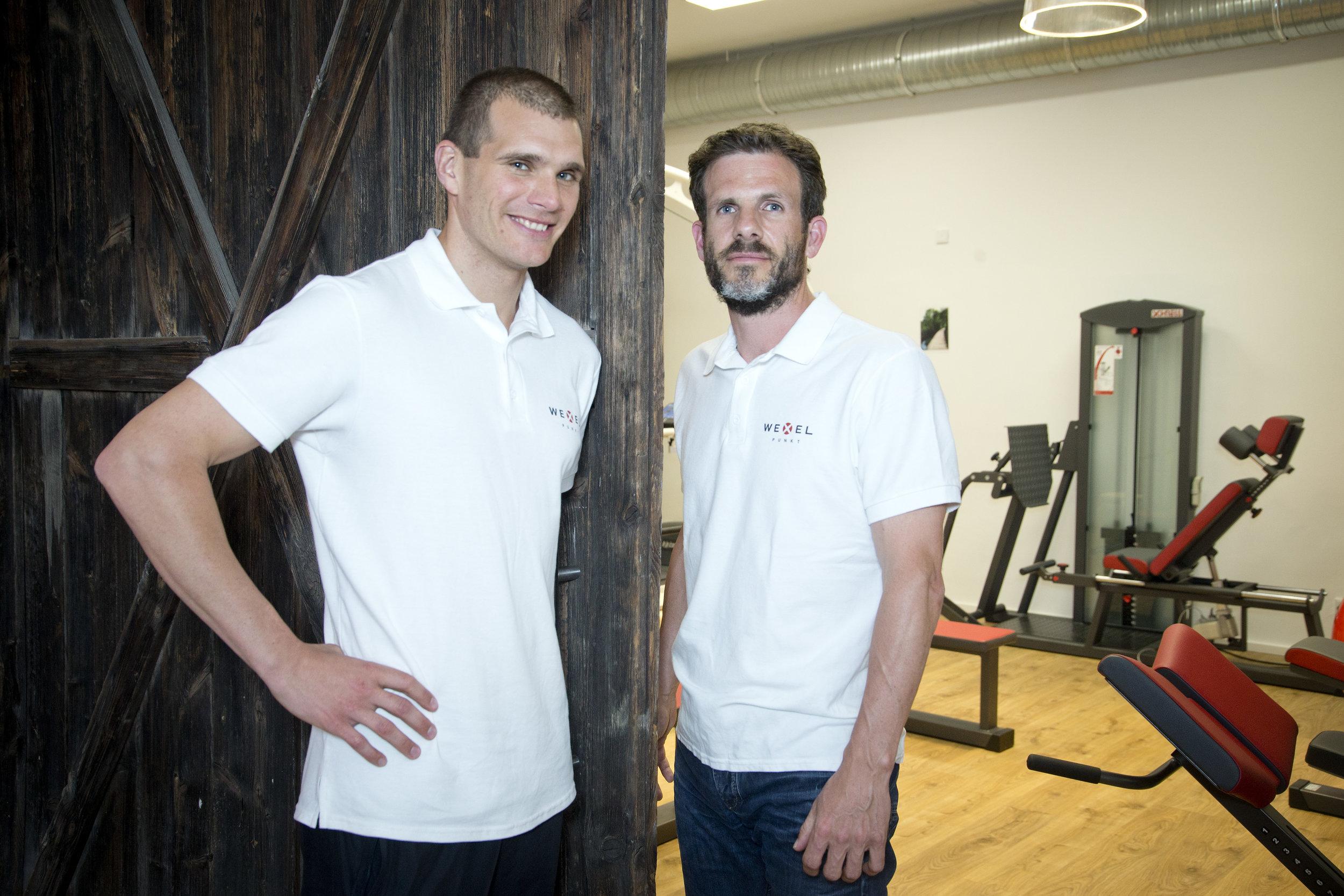 Therapeut Andreas Sextl und Geschäftspartner Patrick Meisterhaben aus einem Industriegebäude ein modernes und kompetentes Therapiezentrum gemacht. Eröffnung war am 1. Juni.