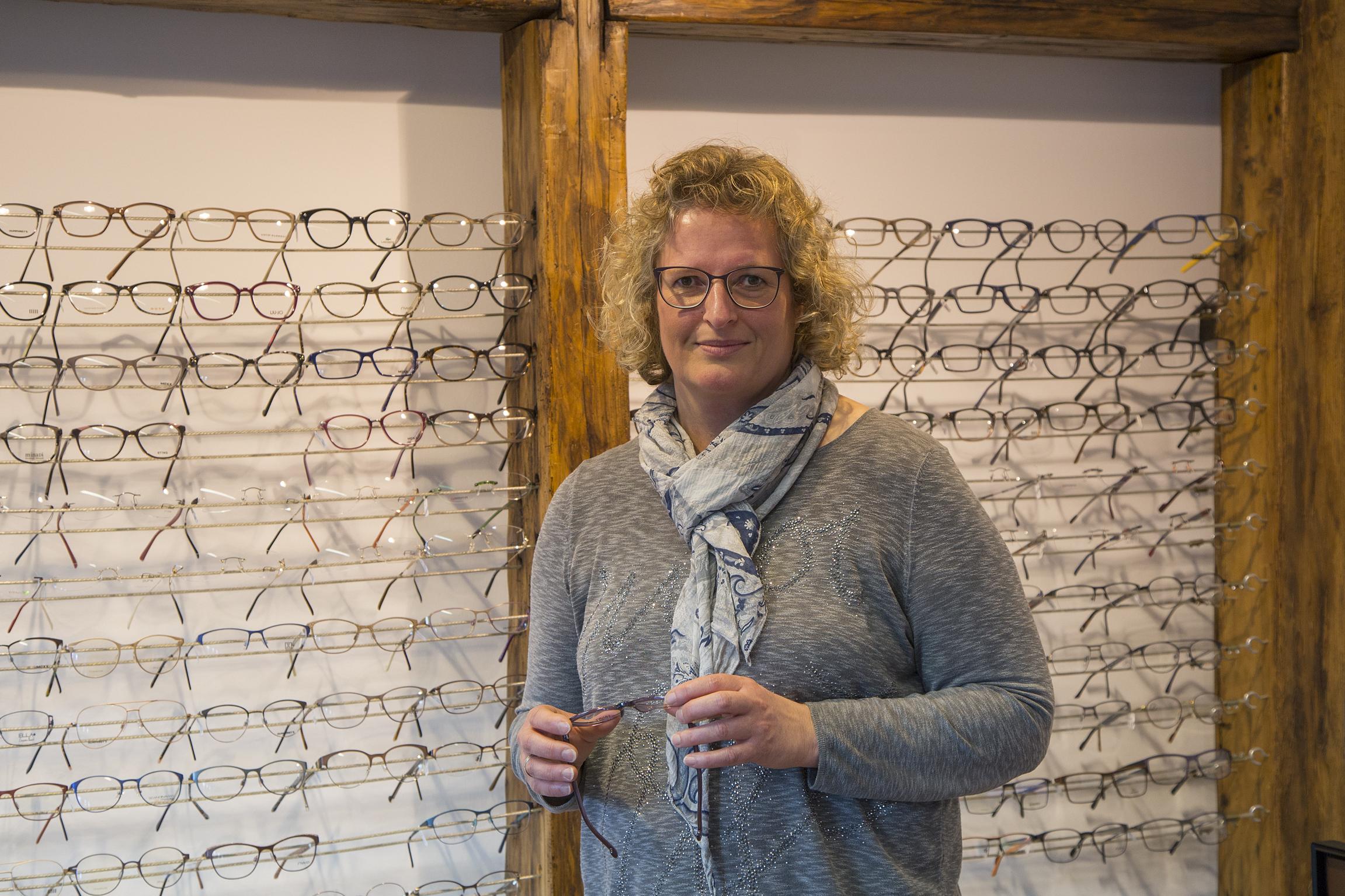 Versteckte Sehprobleme führen besonders bei Kindern zu Konzentrationsstörungen, Lese- und Rechenschwächen und motorischen Problemen. Neben speziellen Untersuchungen bieten Christina Flegl und ihr Team auch ein Sehfunktionstraining an.
