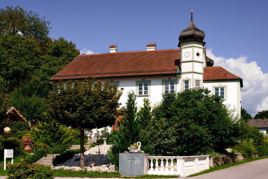 Das Pfarrhof-Renaissonce-Schlösschen in Pfaffenhofen.