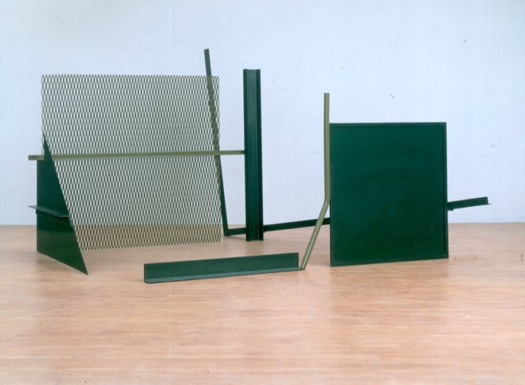 Anthony Caro  The Window (1966/1967)   ,  Steel, painted green & olive, 215 x 320.5 x 390cm, B0903