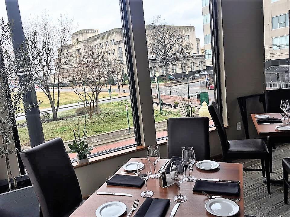 Leones upstairs dining room.jpg