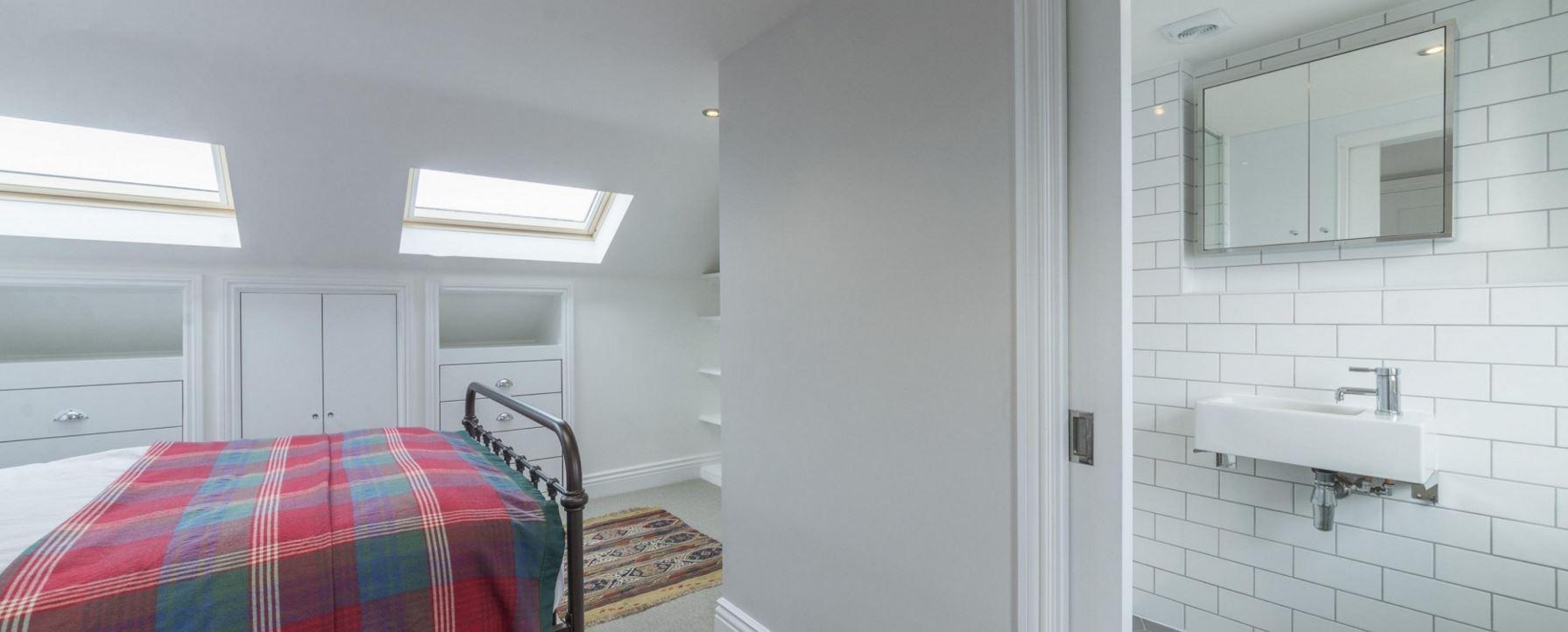 loft bedroom 2.JPG