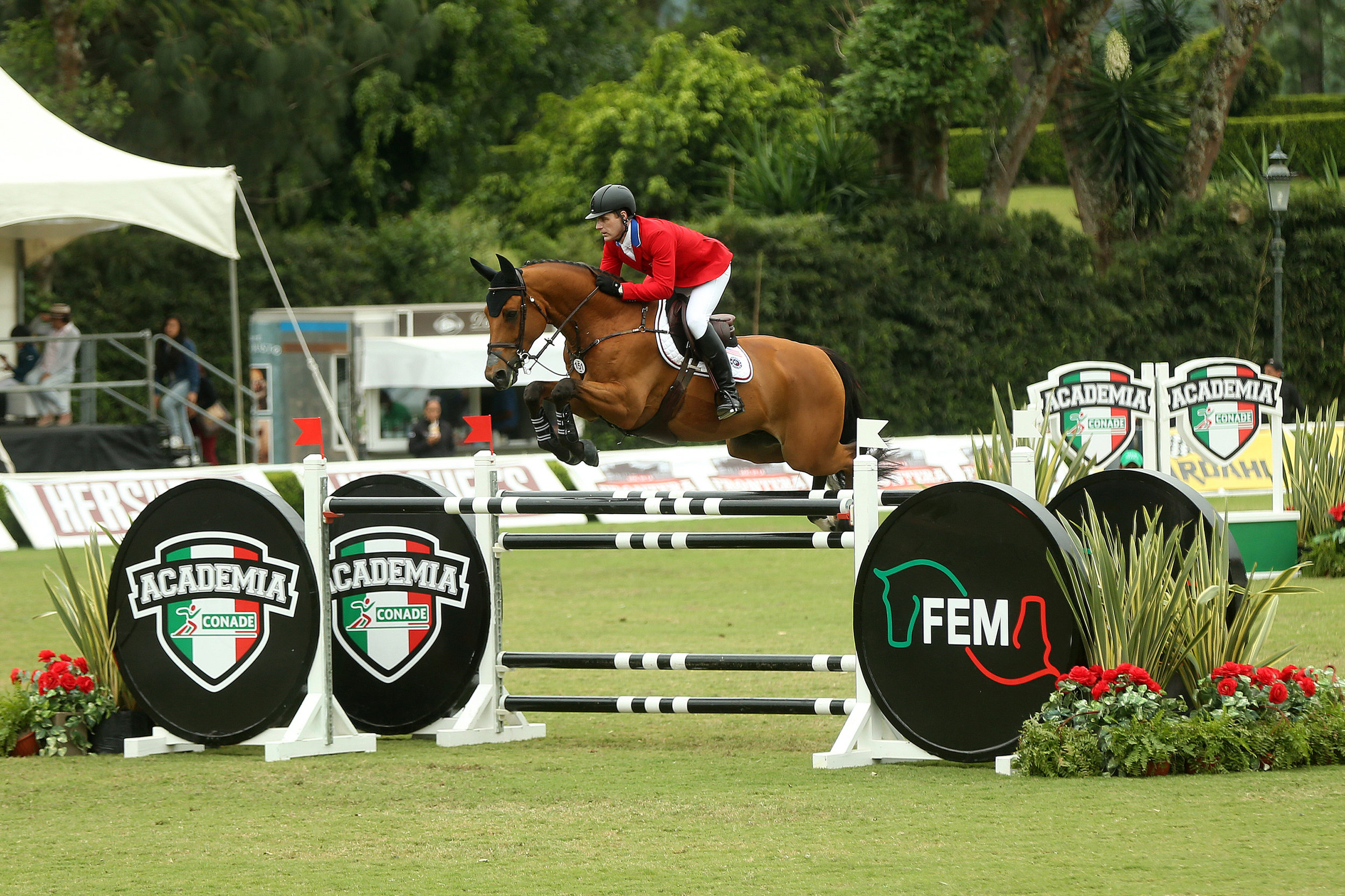 Peter Lutz and Robin de Ponthual competing in the FEI Nations Cup™ CSIO4* Coapexpan. (Photo: Anwar Esquivel)