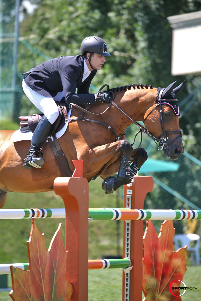 Peter Lutz and Robin de Ponthual - Photo courtesy of SportFot