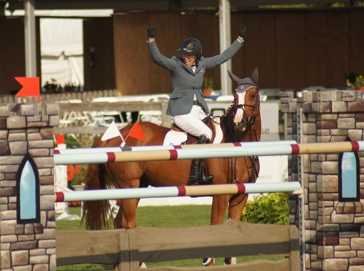 Schuyler Riley and Carneyhaux Manx after winning the 7-Year-Old Final at the Hampton Classic Horse Show