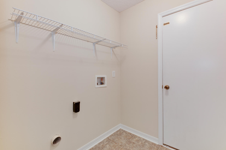 13806 Devan Lee Dr E-large-032-35-Laundry Room-1500x1000-72dpi.jpg