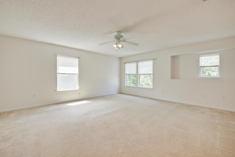 1052 Sunray Ct Jacksonville FL-large-026-33-Family Room-1500x1000-72dpi.jpg