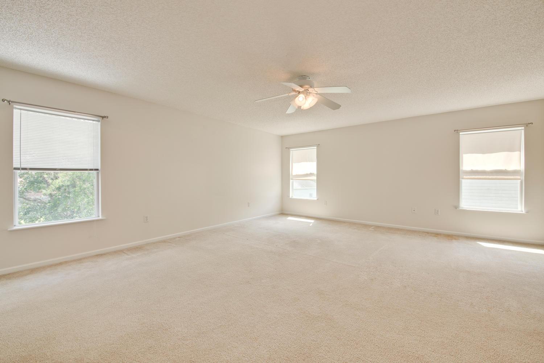 1052 Sunray Ct Jacksonville FL-large-030-34-Master Bedroom Ensuite-1500x1000-72dpi.jpg