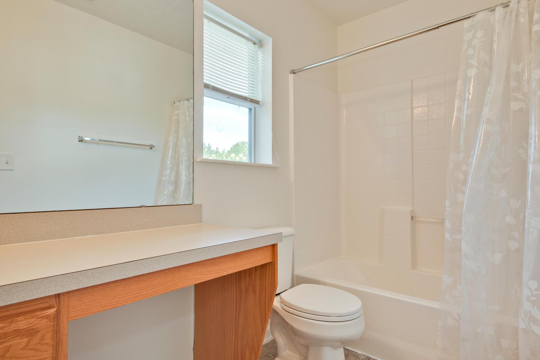 1052 Sunray Ct Jacksonville FL-large-039-20-Bathroom-1500x1000-72dpi.jpg