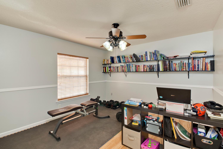 10834 Stanton Hills Dr E-large-006-12-IMG 9495-1500x1000-72dpi.jpg