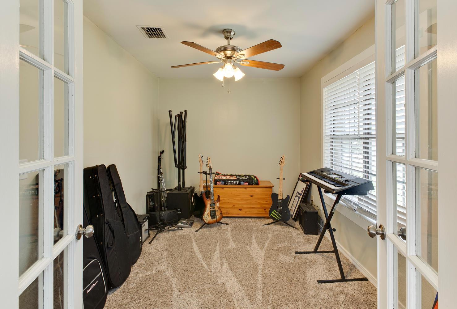 5050 Navia Ct Orange Park FL-large-024-1-IMG 3273-1479x1000-72dpi.jpg