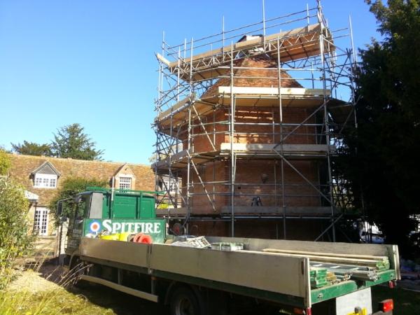 english-heritage-spitfire-scaffolding