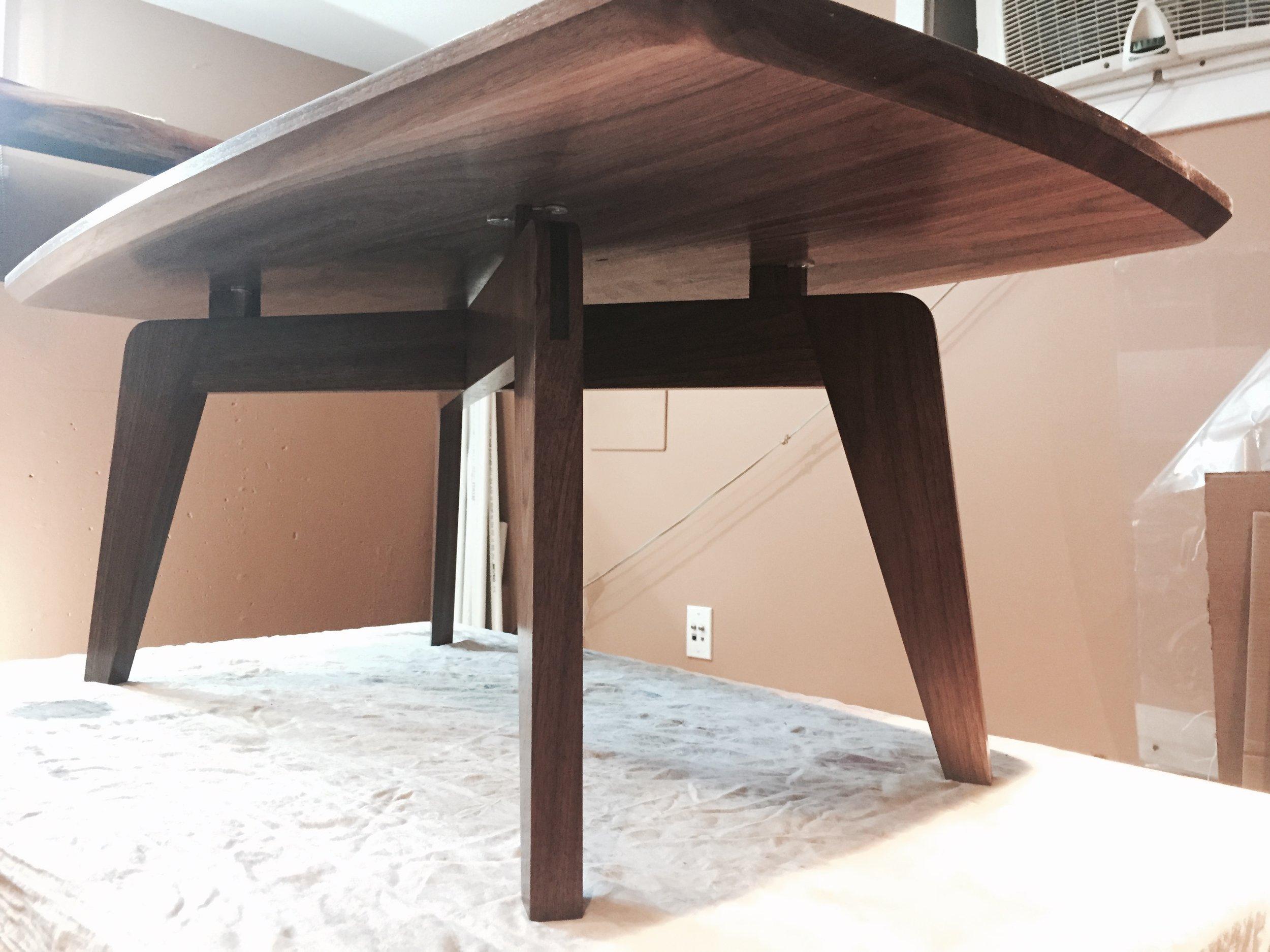 kate-coffee-table_23423334583_o.jpg